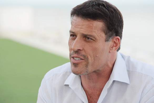 tony-robbins-net-worth